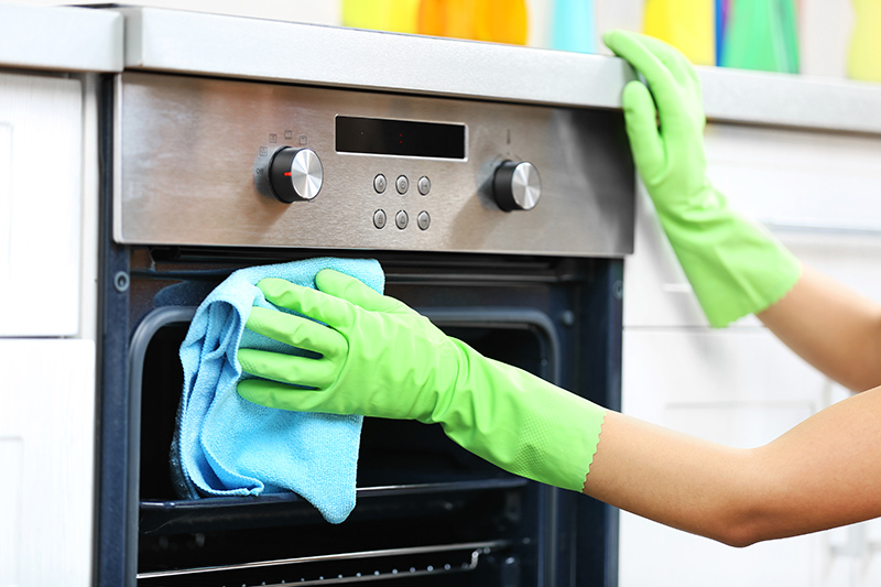 Oven Cleaning Service in Basildon Essex